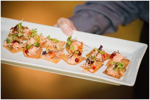 industrial-chic-wedding-food